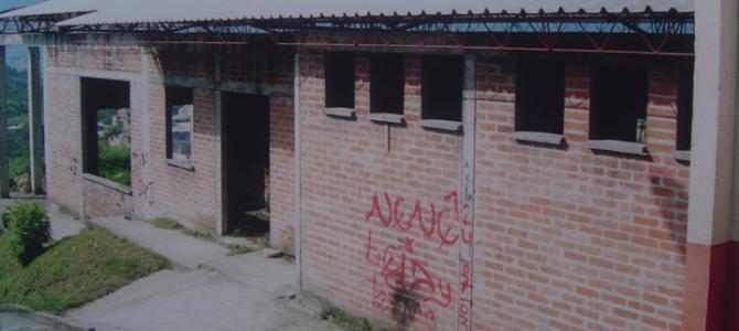 REMODELACION CENTRO COMUNITARIO VILLA SANTANA (1998)